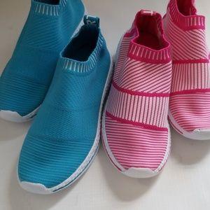 2 pairs pink/ blue foam bottom sneakers